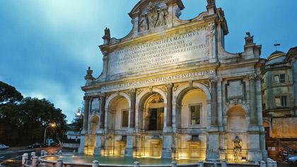 """Roma, il """"Fontanone del Gianicolo"""". Fonte terminale dell'acqua proveniente dal lago di Bracciano"""