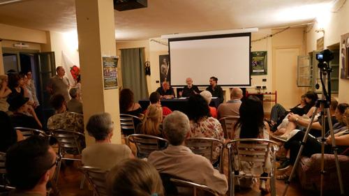 """La conferenza di Giancarlo Barbadoro intitolata """"Alieni tra di noi"""" all'Ecovillaggio di Dreamland, Piemonte. Con lui: Gianluca Roggero e Valerio Vivaldi"""