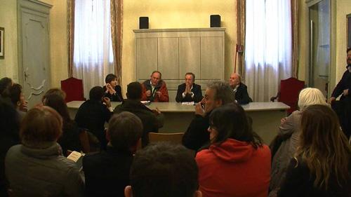I rappresentanti delle associazioni SOS Gaia, LAC e LAV espongono le ragioni del dissidio al Consiglio Regionale del Piemonte