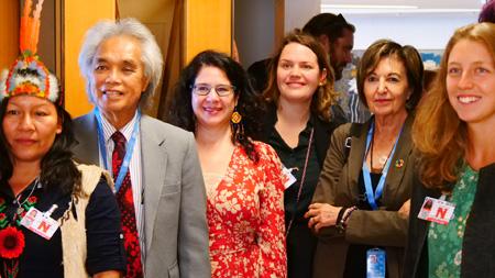 Rosalba Nattero con la delegazione Hawaiiana al Side Event della sessione del Consiglio dei Diritti Umani dedicato alle lingue ancestrali dei Nativi