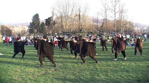 La meditazione dinamica della Kemò-vad al Parco del Valentino di Torino