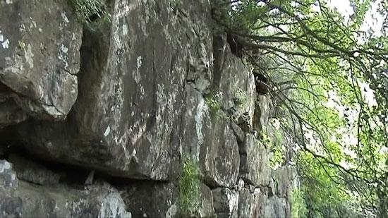 Particolare delle mura di Roselle (GR) che ricordano quelle di Rama